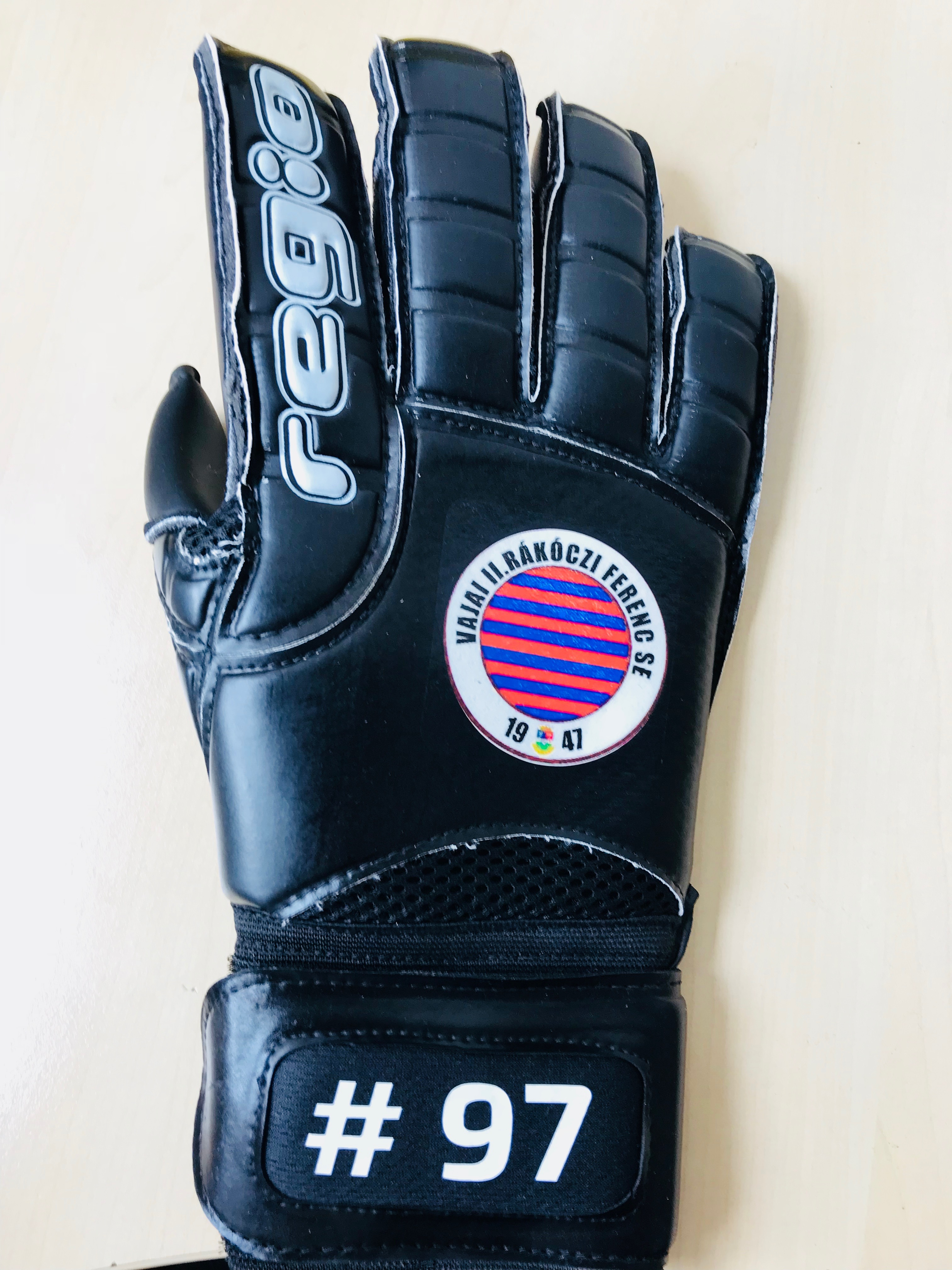 Regio Gloves Hungary